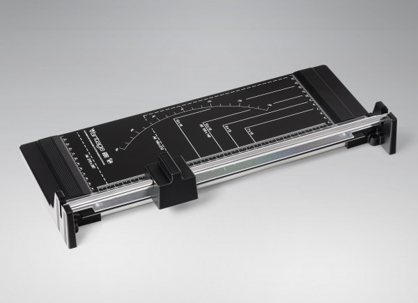 VANTAGE 50 Roll & Schnitt-Schneidemaschine